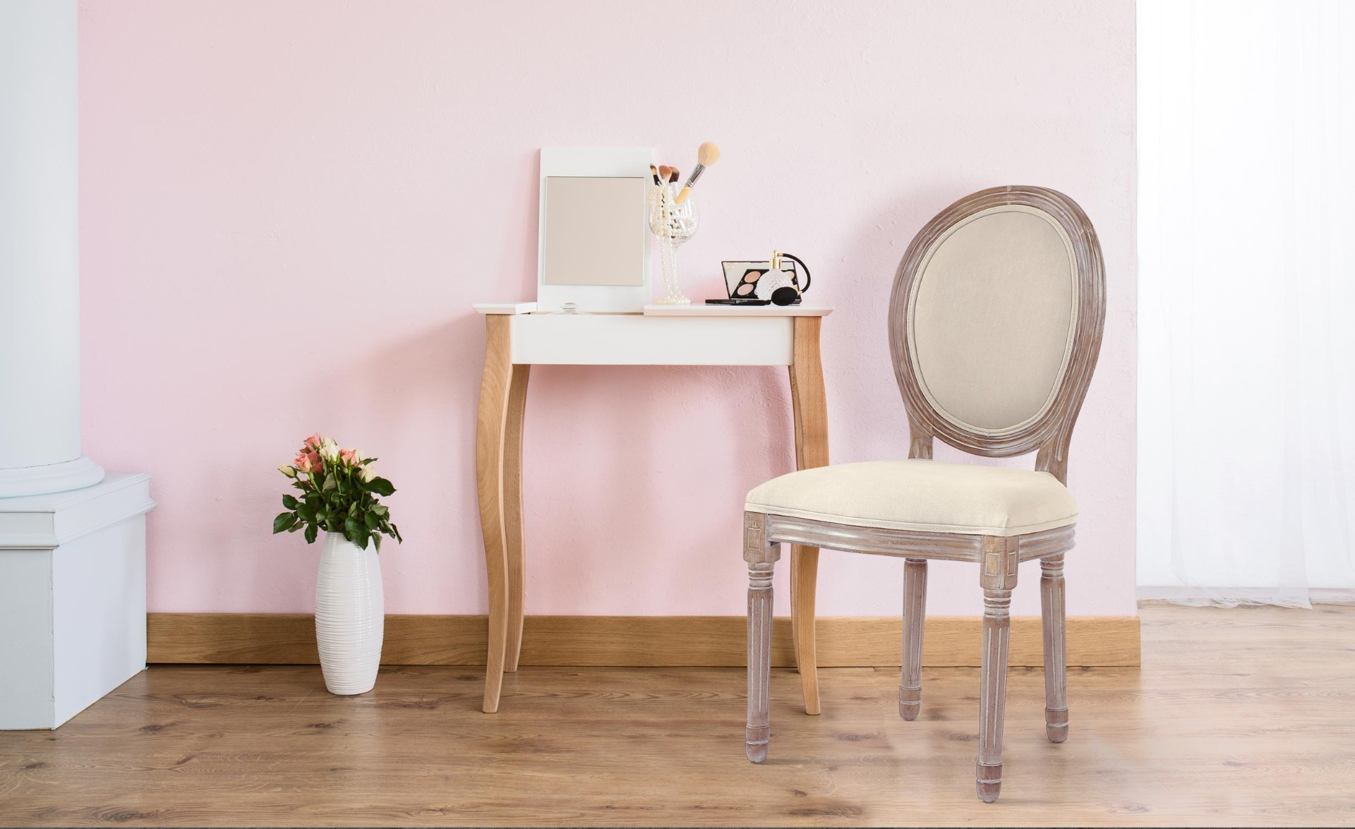 Lot de 2 chaises de style médaillon Louis XVI Tissu Beige