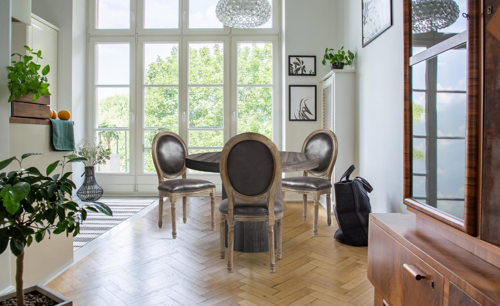 Lot de 2 chaises de style médaillon Louis XVI Tissu Marron Effet Vieilli